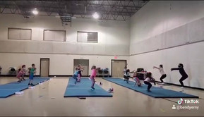 4-7 toe touch at practice