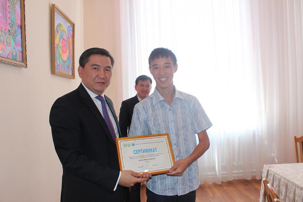 Встреча министра А. Саринжипова с воспитанниками детского дома Астаны 4.jpg