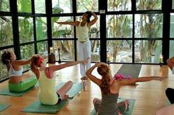langosta_beach_club_yoga
