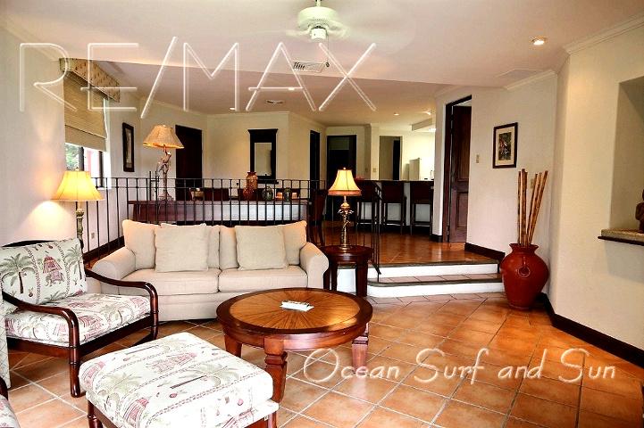 bougainvillea_5101_living_room