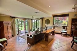 bougainvillea_9101_livingroom