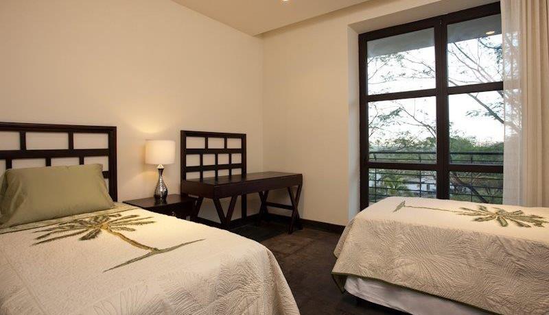 Perla2-4-middle bedroom