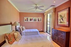 bougainvillea_6102_guest_bedroom