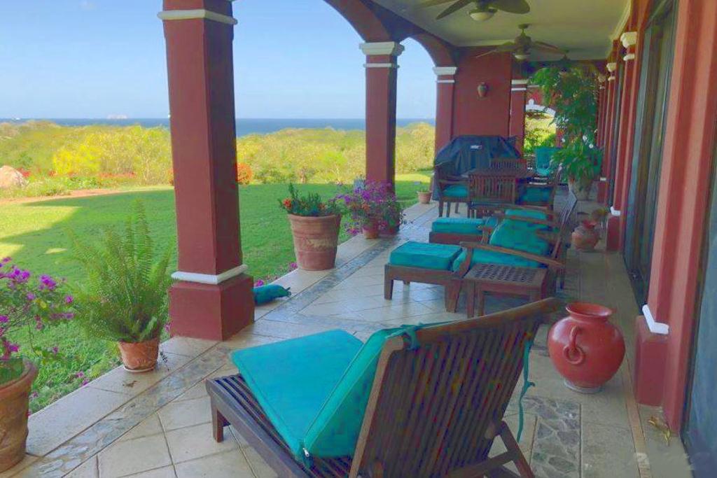 bougainvillea_4105_ocean_view_terrace