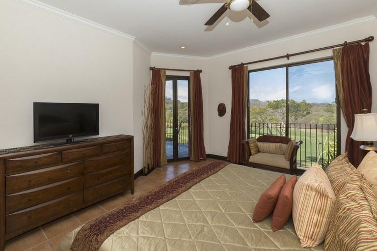 bougainvillea-6306-master-bedroom