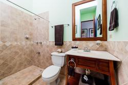 reserva_conchal_second_master_bath