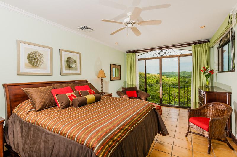 reserva_conchal_master_bedroom