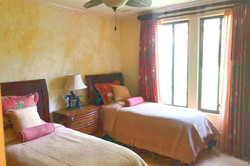 bougainvillea_4105_twin_bedroom