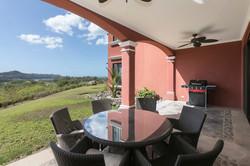 bougainvillea_4103_terrace