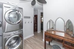 bougainvillea_4103_laundry