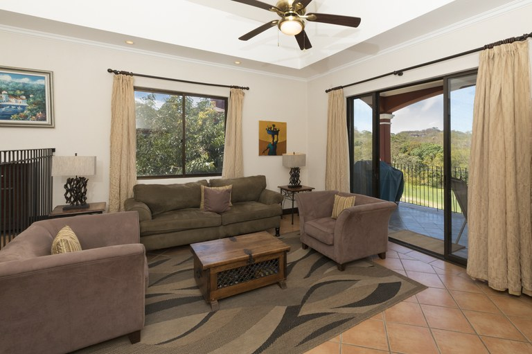 bougainvillea-6306-livingroom