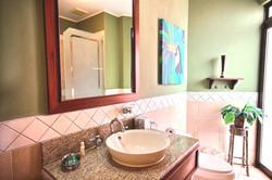bougainvillea_2202_bathroom