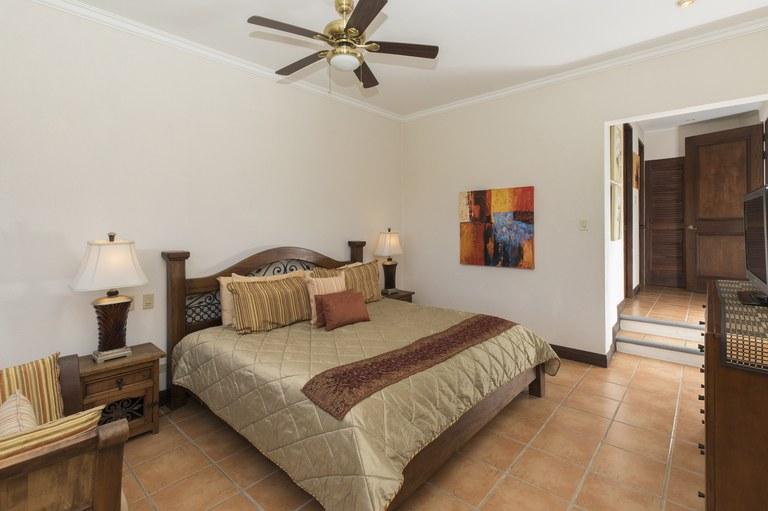 bougainvillea-6306-spacious
