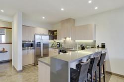 las_mareas_kitchen