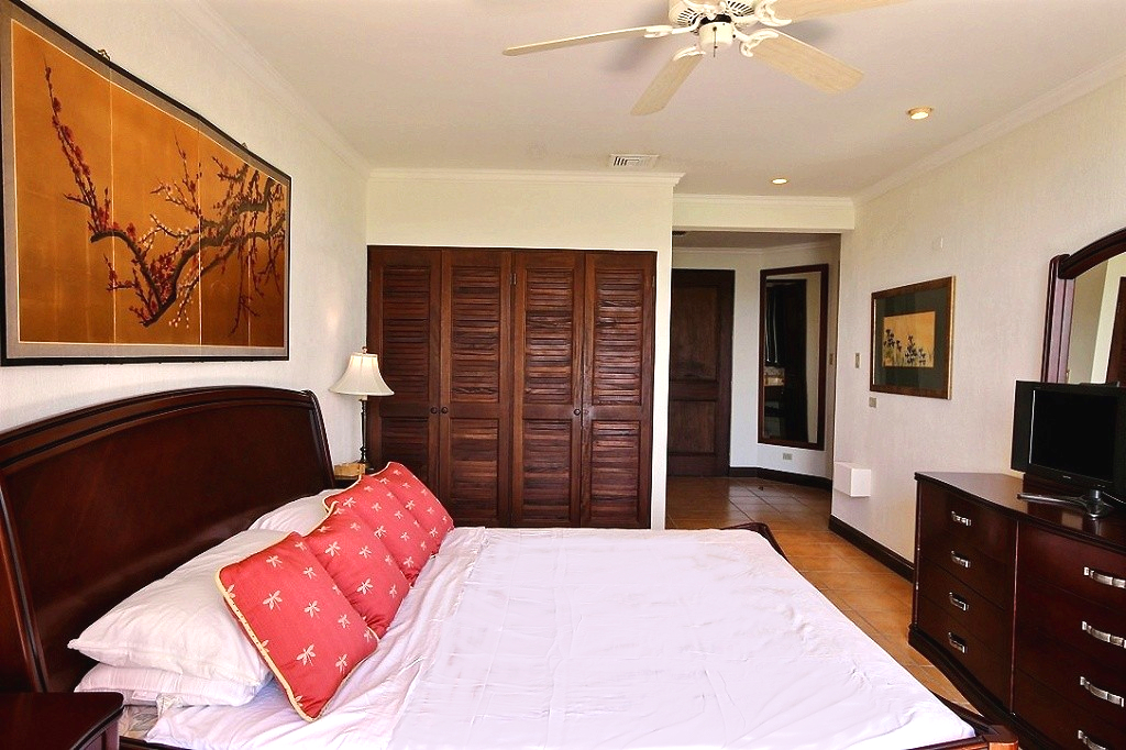 bougainvillea_3103_master_bedroom