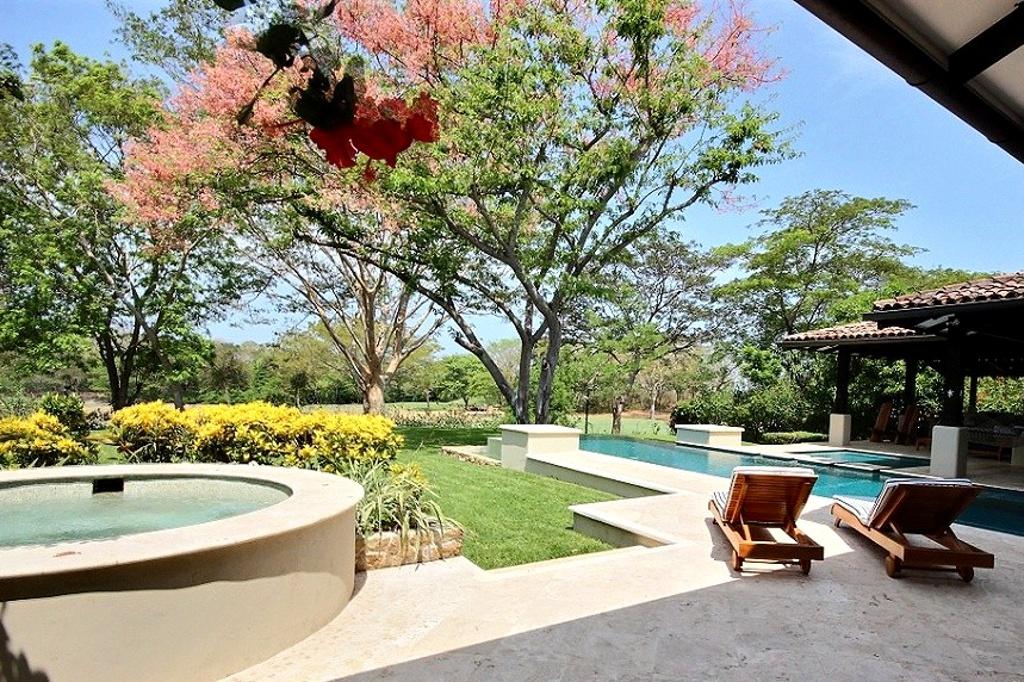 villa_serena_landscaping