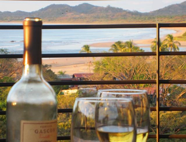 la-perla-patio-views