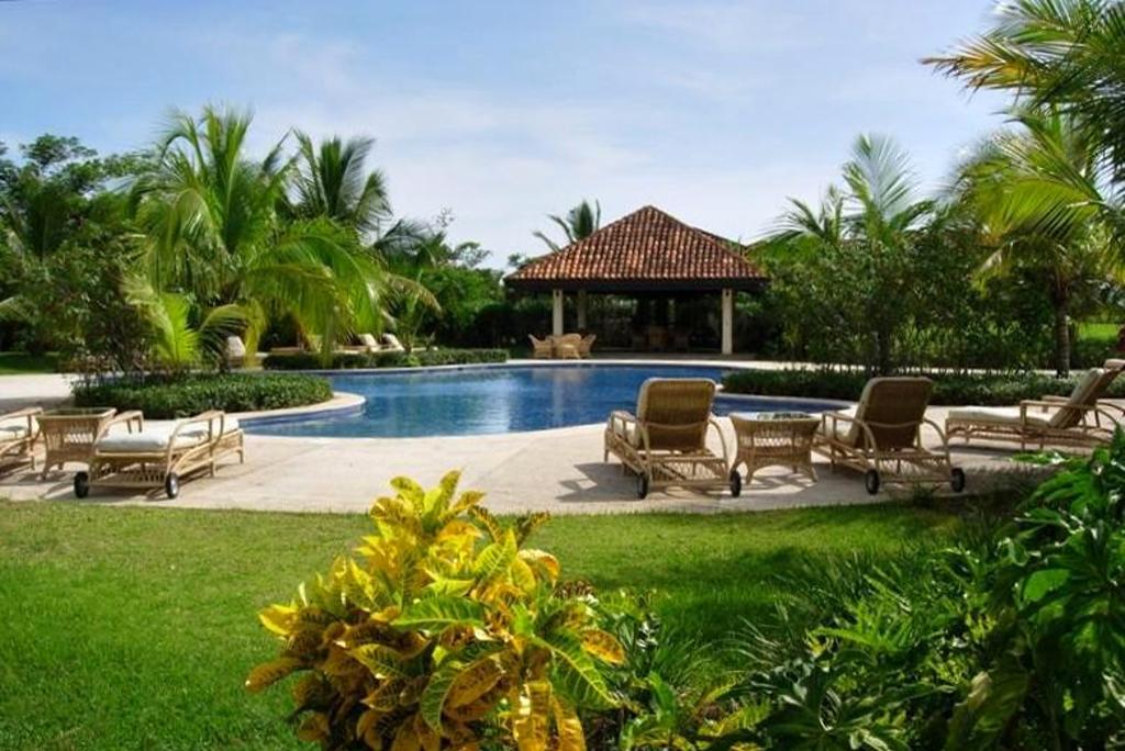 jpr_hacienda_pinilla_pool