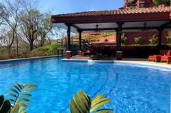 24-bougainvillea_pool_reserva_conchal