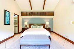 villa_selmena_master_bedroom3