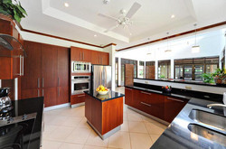 villa-selmena-gourmet-kitchen