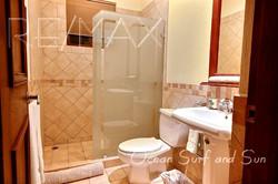 bougainvillea_2305_second_bathroom