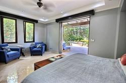 villa_serena_master_bedroom