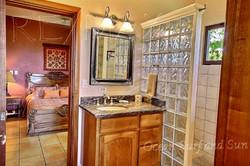 reserva_conchal_house_bathroom