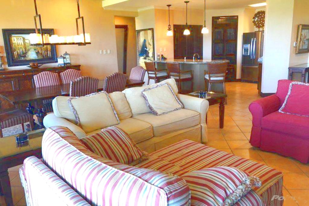 bougainvillea_4105_living_room