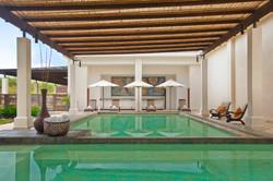 26_reserva-conchal-beach-club-soaking-po