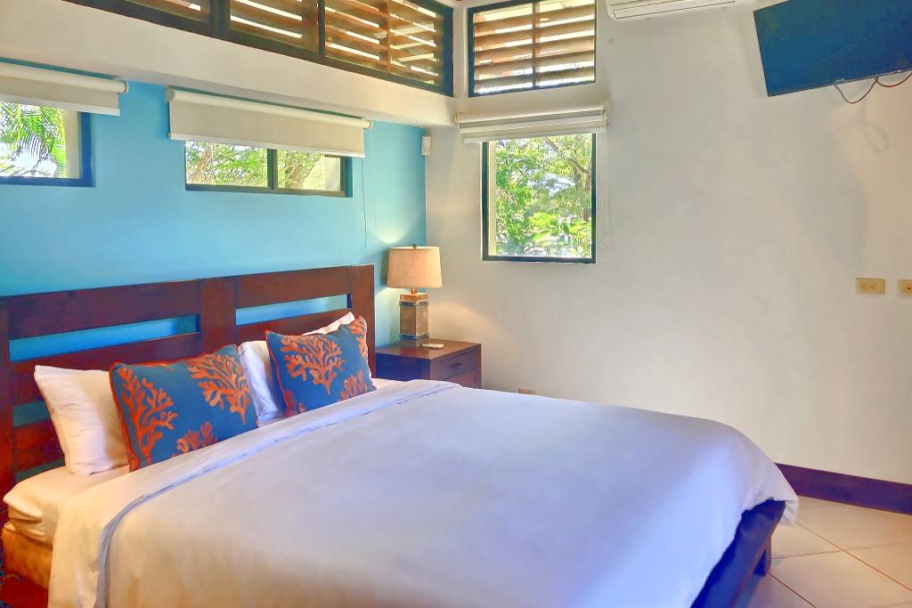 villa_selmena_blue_bedroom