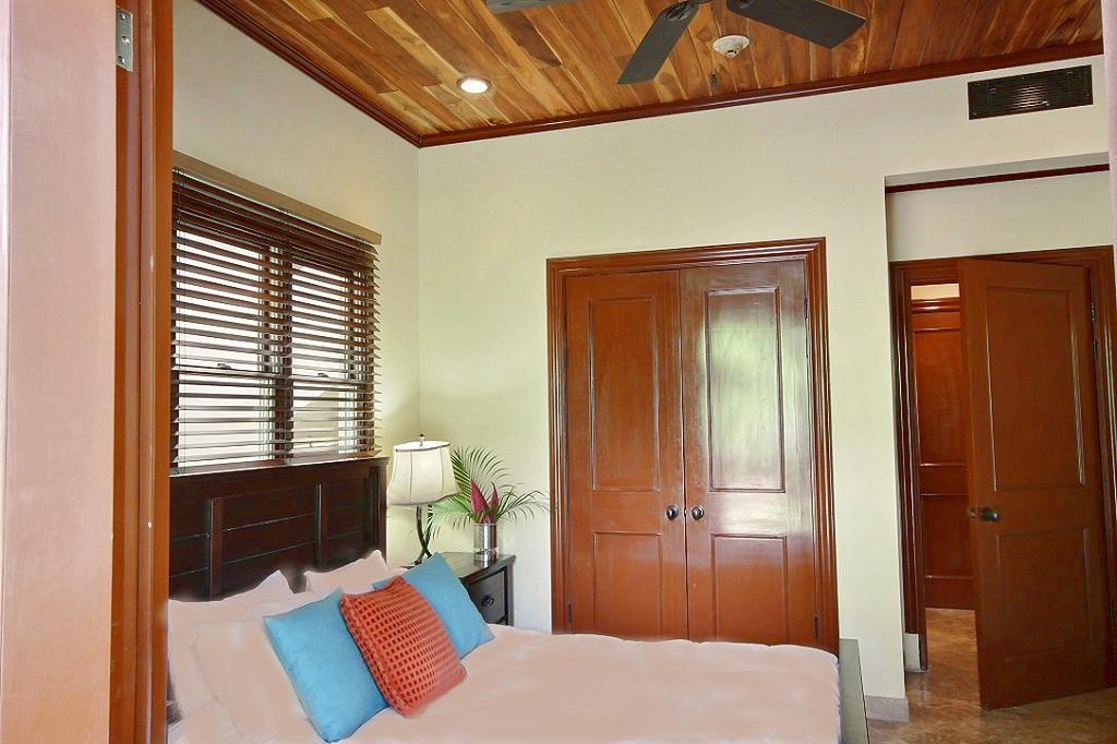 ibis_6_tamarindo_second_bedroom