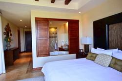 jobo_15_master_bedroom_reserva_conchal
