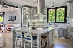 villa_serena_kitchen