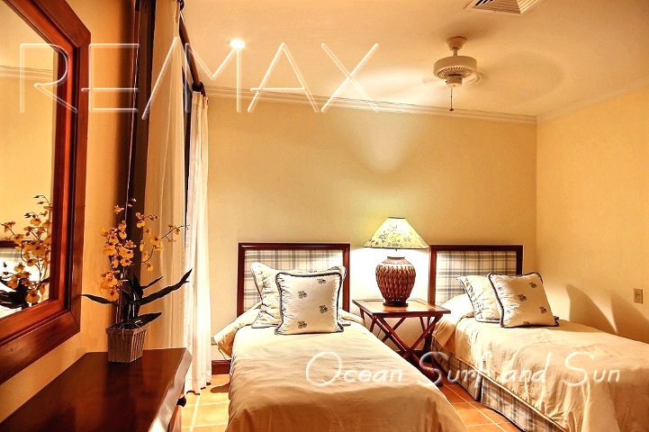 bougainvillea_2305_bedroom2