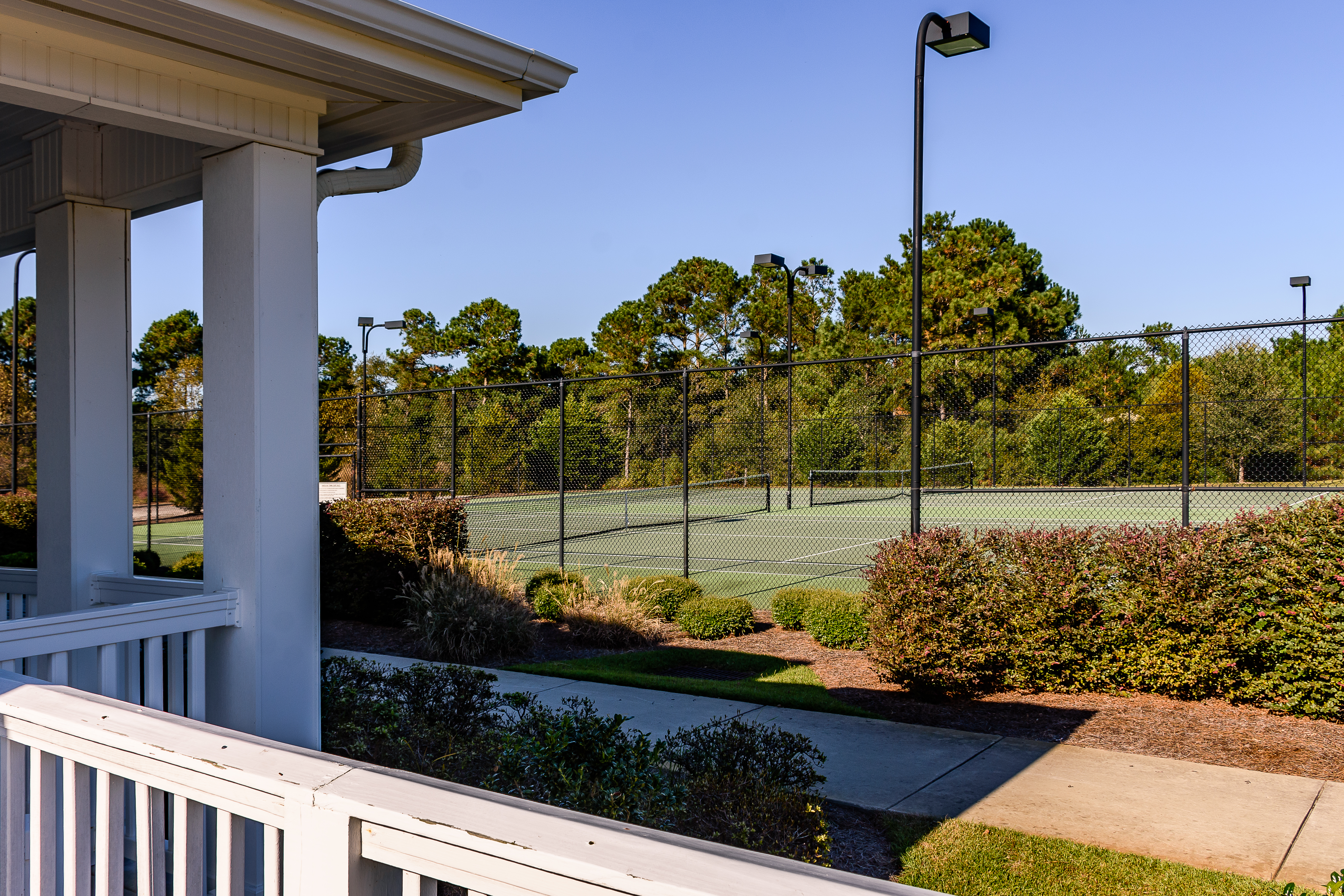 Mimosa Bay Clubhouse/Tennis Court