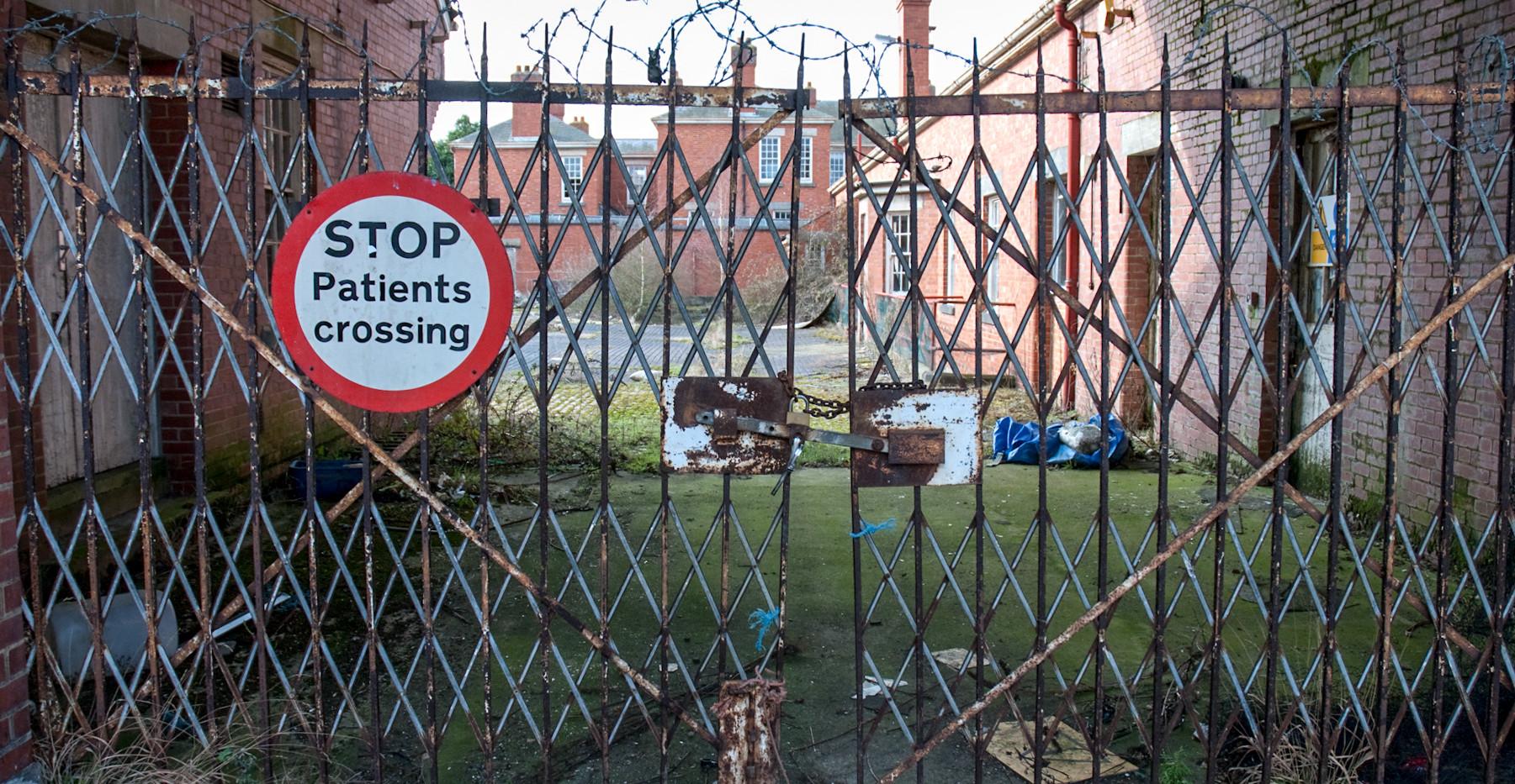AbandonedHospitals-2.jpg