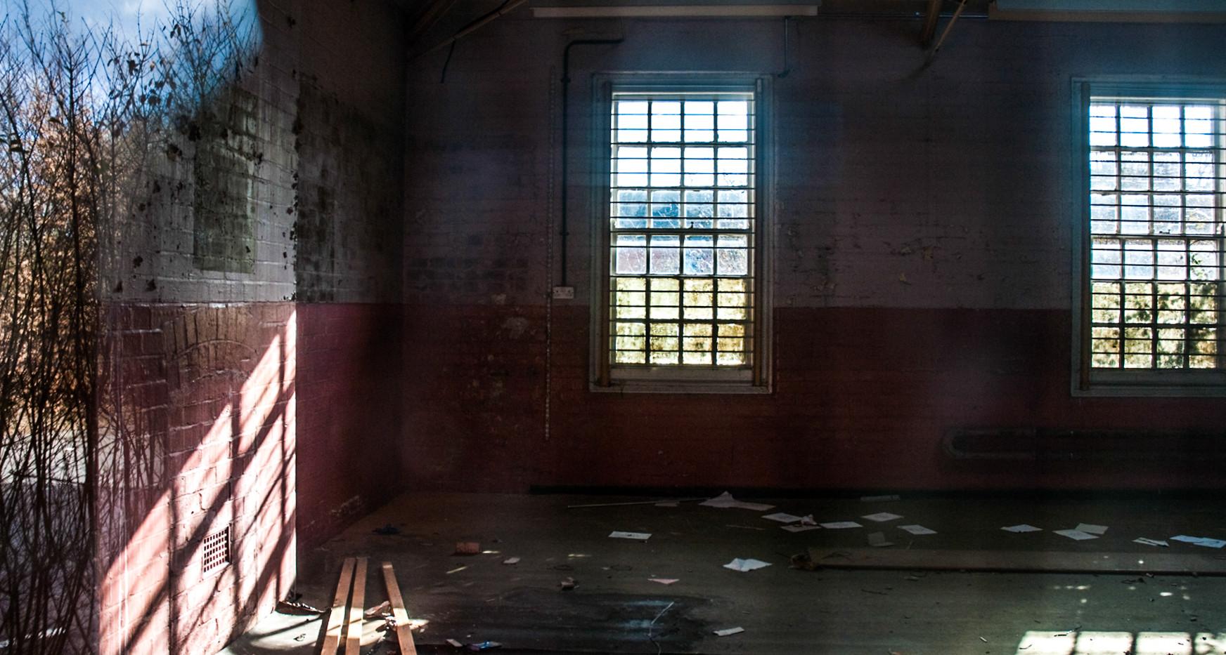 AbandonedHospitals-5.jpg