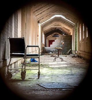 AbandonedHospitals-4.jpg