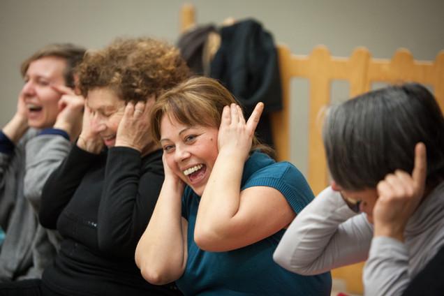 Laughter-Yoga-10.jpg