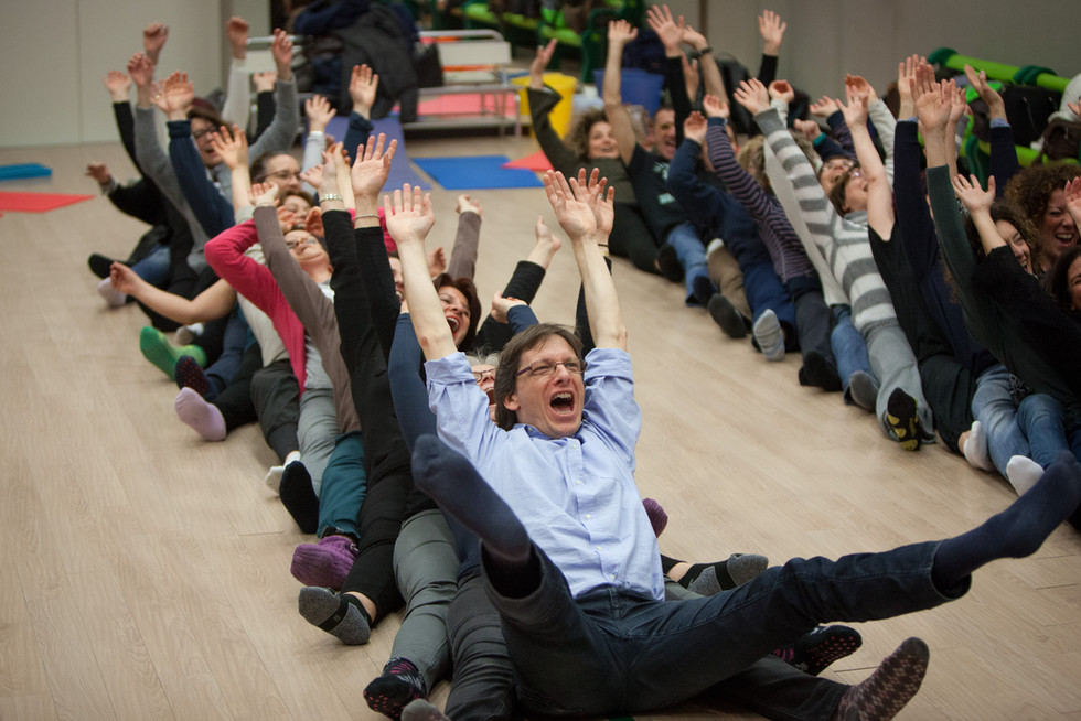 Laughter-Yoga-3.jpg