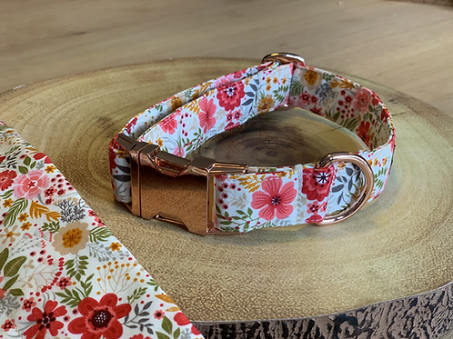 Ivory Winter Floral Collar