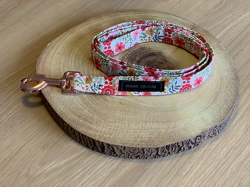 Ivory Winter Floral Lead