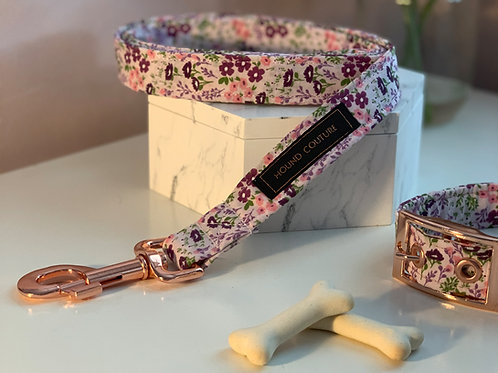 Pale Pink Ditzy Floral Lead
