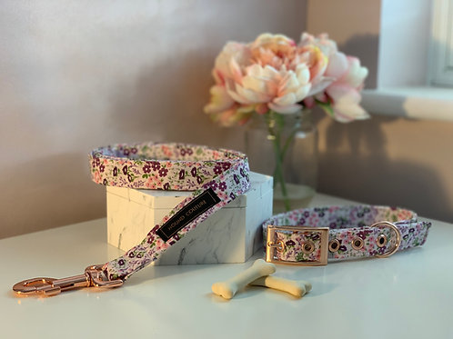 Pale Pink Ditzy Floral Collar