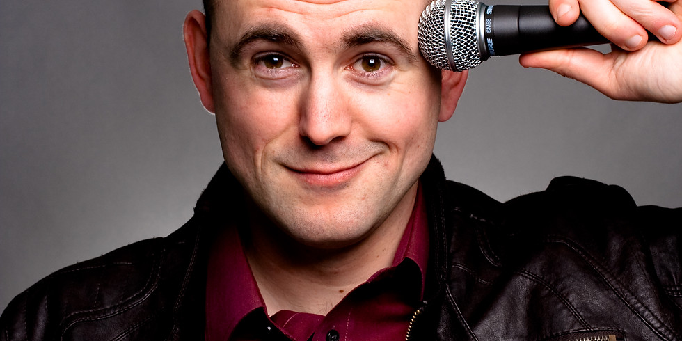Carols & Comedy with Andy Kind