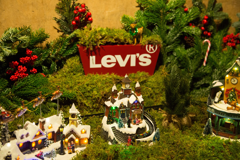 Levi's Christmas Dinner