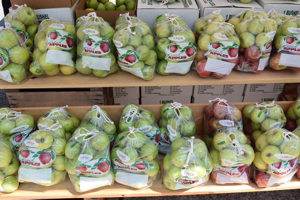 apples for background.jpg