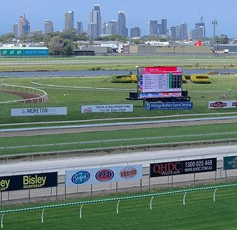Horse racing.jpeg