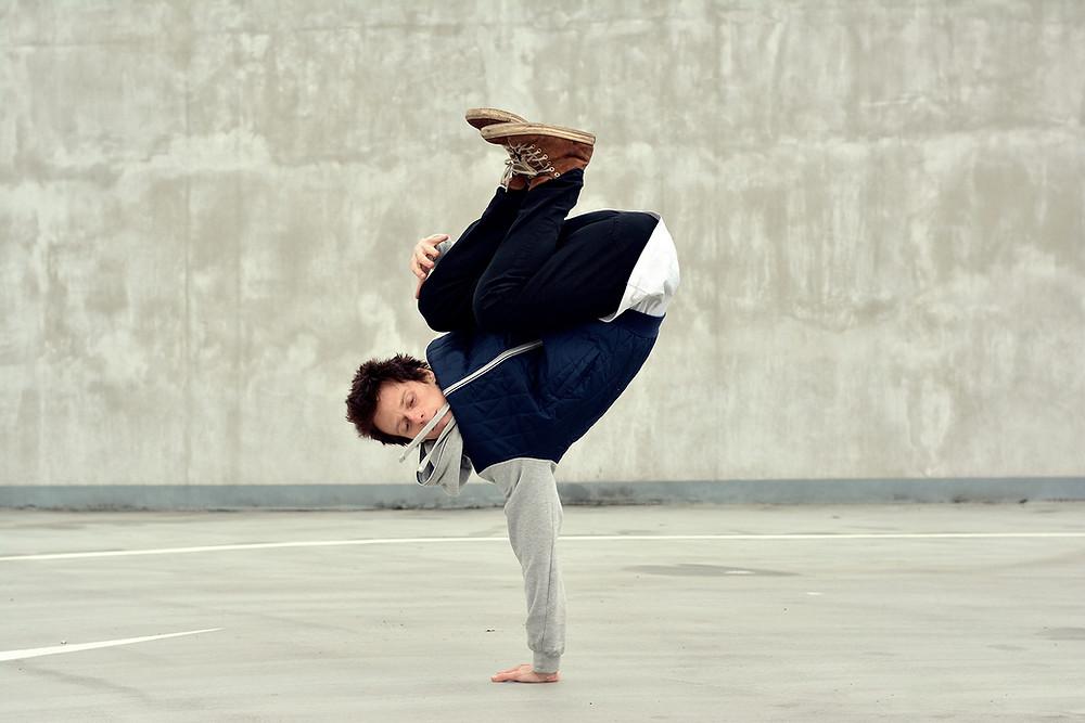 Urban Breakdancer